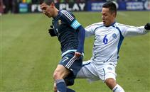 السلفادور تتلاعب بالأرجنتين