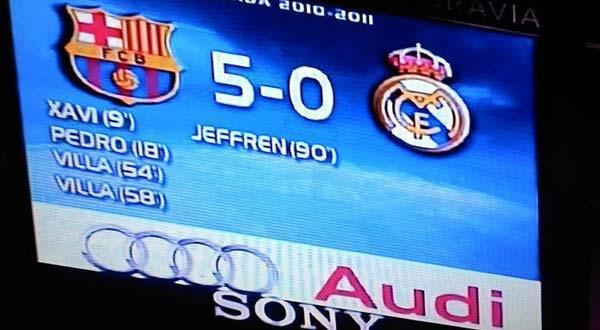 رئيس برشلونة يراهن بالمكرونة والأرز اسقاط الريال بالخمسة مجددا Barca5-6001-12-2010-
