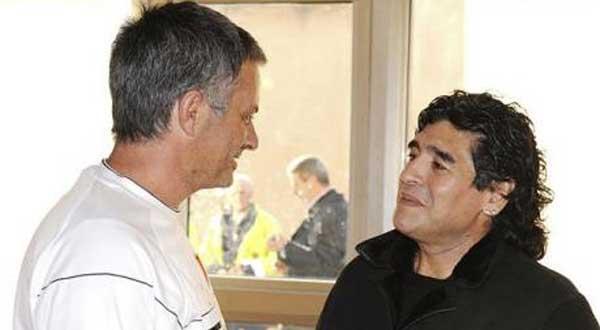 مورينيو هو الأفضل في العالم mourinho-maradona_60