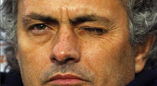 بعد لقاء برشلونة زاد تمسكي بريال مدريد Jos--Mourinho6005-3-