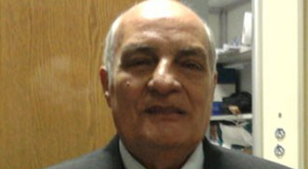 محمود يجدد تعاقده لموسم قادم قناة الأهلي m-bakr-6004-6-2011-1