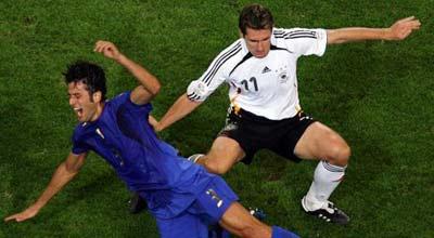 مصانع سيارات ألمانية توقف إنتاجها أثناء مباراة ألمانيا وإيطاليا بيورو