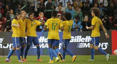 الصحافة البرازيلية: البرازيل فازت بالكلاسيكو لأن نيمار لعب أفضل من ميسي