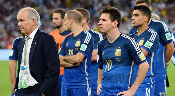 آلام عضلية تمنع ميسي من ودية الأرجنتين أمام ألمانيا
